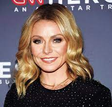 Kelly Ripa's first book, 'Live Wire ...