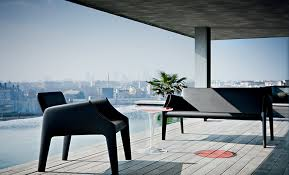How To Choose Outdoor Furniture  Patio Furniture Guide At LumenscomKartell Outdoor Furniture
