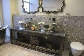 tin bateau basin with tin interior