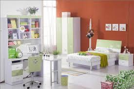 Prepossessing Kids Girls Bedroom In Apartment Decor Shows ...