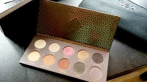 zoeva unboxing vegan face brush set cocoa blend palette swatches by mariam a