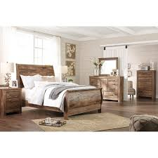 Signature Design by Ashley Blaneville Queen Bedroom Group - Item Number:  B224 Q Bedroom Group