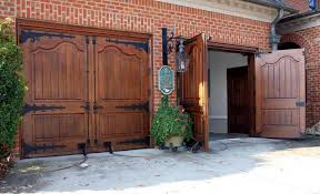 carriage garage doors. Swing Garage Doors / Wooden Manual CAUDLE CARRIAGE AppWood Carriage