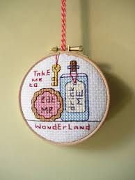 how to frame your embroidery in a hoop
