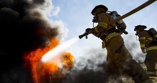 Três meios aéreos em incêndio em Sobral de Monte Agraço