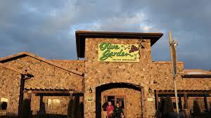 olive garden italian restaurant memphis tn darden names ceo as turnaround efforts continue