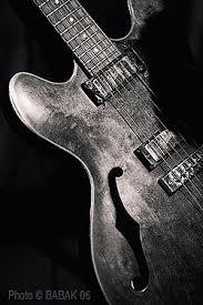 the broken guitar wallpaper