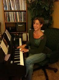 Voice Lessons - JS Vocal Studio