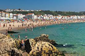 puɾtuˈɣaɫ), officially the portuguese republic (portuguese: Best Time To Go To Portugal By Rick Steves
