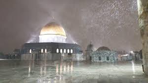 Masjid al aqsa, jerusalem, palestine. Islamiclandmarks Com On Twitter Amazing Photos Of Snow Falling In The Masjid Al Aqsa Compound Last Night In Jerusalem