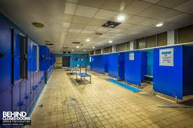 scartho baths changing room