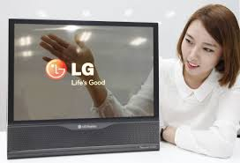 See Thru Tv Lg Builds A Tv That You Can Roll Up Like A Poster