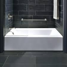 alcove bathtub reviews sizes avenue with right hand drain alcove bathtub acrylic reviews