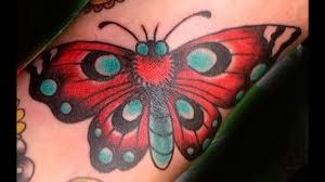 мотылек в тату считается символом перехода между значение