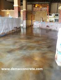 picture of self leveling flooring with acetone dye