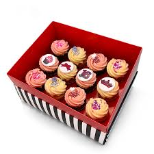 Box Of 12 Medium Sweet Sixteen Cupcakes I Love Cupcakes
