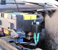 range rover p38 eas modifications improvements and tips learned by P38 Fuse Box fuse box back in position new relay mounted at the side of the box p38 range rover fuse box