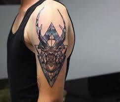 Jelen Tetování Se Zvláštním Významem