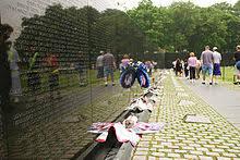 Small Picture Vietnam Veterans Memorial Wikipedia
