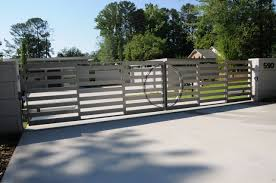 Now, if you're planning to take your home through the process of redesigning, rebuilding, or actually build your house from scratch, let me show you more than 40 modern entrances, designed to impress. Modern Home Gate Designs Houzz