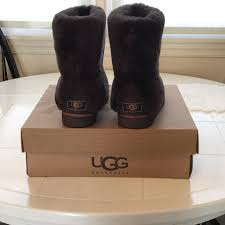 UGG Australia Chocolate Boots. 123456789101112