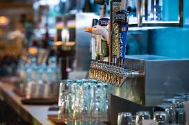 seasonally rotating of upscale american fare featuring a raw bar brick over flatbreads your favorite pub classicore