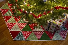 Christmas ~ Christmas Tree Skirt Pepperknit Xmas Img 0563ree ... & Christmas Tree Skirt Pepperknit Xmas Img 0563ree Knitting Pattern Skirts  Quilted Alabama Adamdwight.com