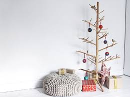 Unconventional Christmas Tree Ideas For A Contemporary Holiday Wooden Branch Christmas Tree