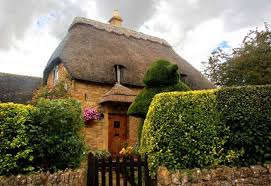 images?q=tbn:ANd9GcSU17AhDYAtdjcCjvTwReoJXf8qMHsUTI67MMaZpnPwQ301B19p - THE MOST BEAUTIFUL ENGLISH COTTAGES PICTURES STUNNING ENGLISH COUNTRY COTTAGES AND HOMES IMAGES