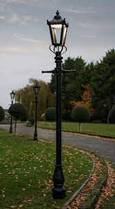 victorian garden lamp post 2 7m with