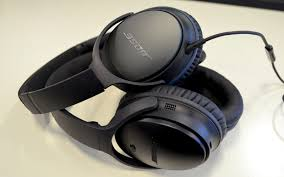 bose 25. bose quietcomfort 35 review: the wireless, noise-cancelling headphones you\u0027ll never want to take off 25 b