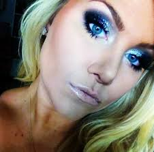 beeisforbeeauty new years eve makeup glitter smokey eye