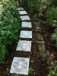 Diy Stepping Stones Diy Lace Like Stepping Stones