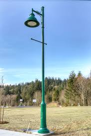 Old Fashioned Street Lights Old Fashioned Street Lights Add Charm To The Mccormick Creek