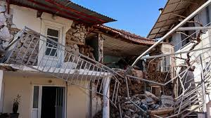 Im meerboden ausgelöste beben werden seebeben oder unterseeische erdbeben genannt. Starkes Erdbeben Erschuttert Griechenland Tausende Fluchten Auf Die Strasse Swr3