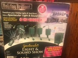 Holiday Brilliant Lights Remote Holiday Brilliant Light Sound Show 1 Speaker 6 Receivers 8 Stakes Not Tested