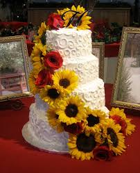 Sunflower Wedding Cake W Red Rose Accents This Would So Be My Cake