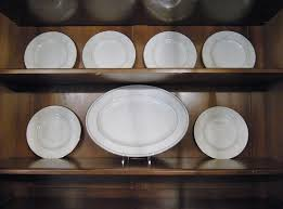 Dish Display Cabinet How To Arrange A China Cabinet Heartworkorgcom