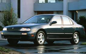 1996 Nissan Altima 1600px Image 2