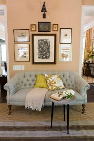 Chances are when you think of marble interior décor you will imagine large bedrooms built from top to bottom with cold stone. 15 Best Living Room Wall Decor Ideas How To Decorate Large Walls Southern Living
