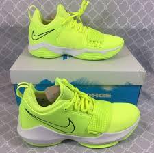 Nike Pg 1 Wolf Grey Cool Grey Light Brown Gum Nike Shoes Nike Paul George 1 Volt Tennis Ball Colorway