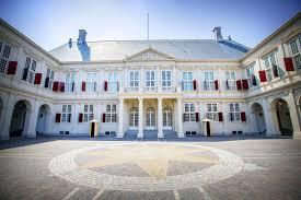 Huis Ten Bosch Het Woonverblijf Van De Koning Is Verbouwd Zo Ziet