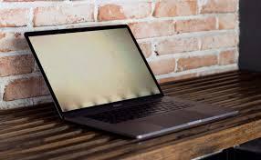 Ngoài lỗi sạc Macbook Pro 2017 còn có những lỗi gì khác nữa?