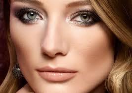 eye makeup green eyes blonde hair