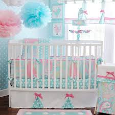 Netral Baby Crib Bedding With Colorful Comforters