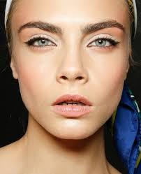 kohl makeup positive