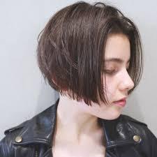 ベース顔さんに似合う髪型気になるエラは髪型でカバー Hair