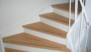 Zweiläufige gewinkelte treppe mit zwischenpodest. Treppen Renovieren Schleifen In Dusseldorf Guido Benke Parkettleger