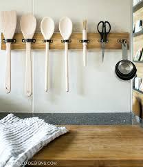 diy wooden utensil rack with holders via grillo designs com