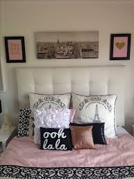 Paris Themed Bedroom With Regard To Decor Viewzzee Info Decorations 9